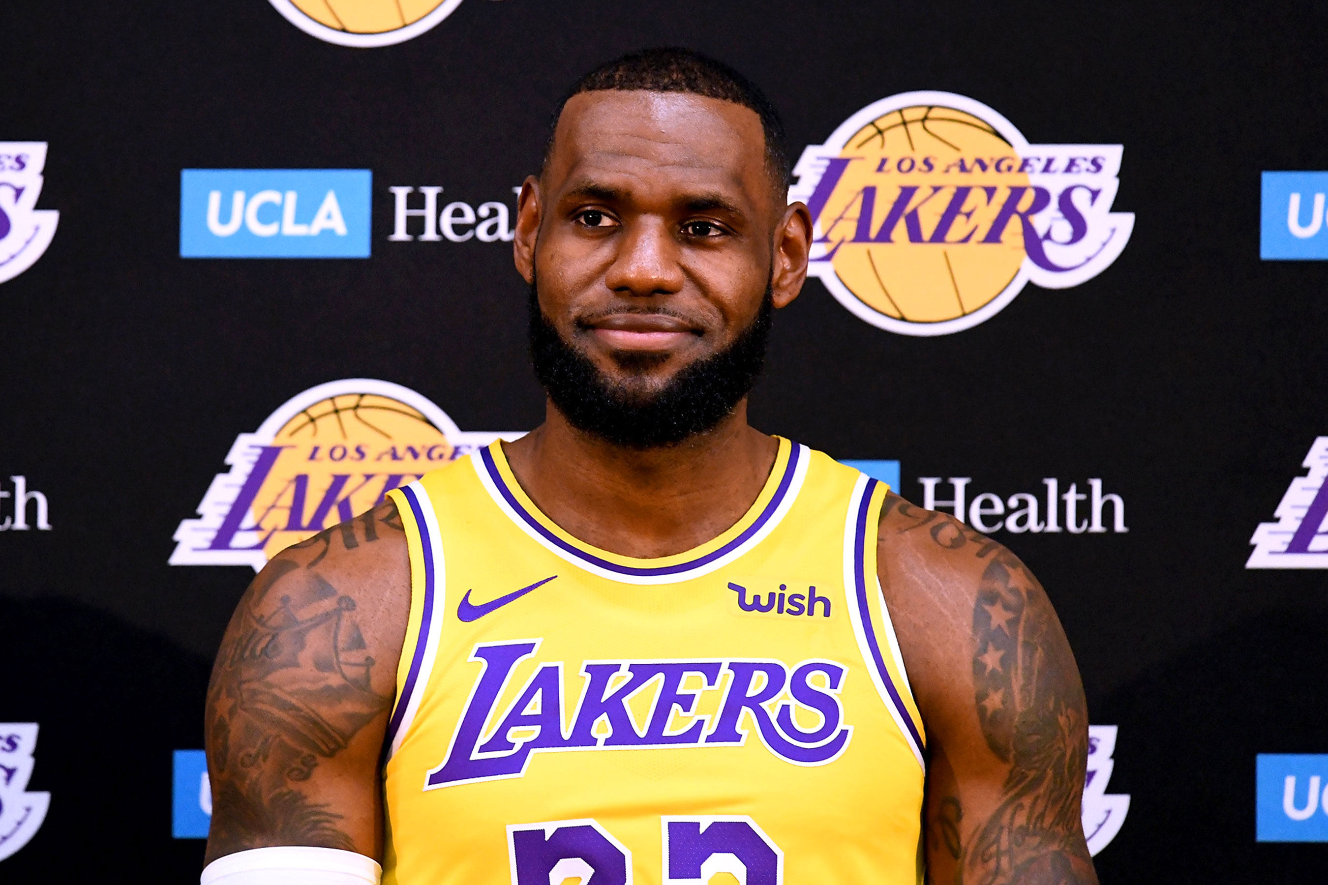 """The """"LeBron Effect"""" is Real on eBay  Numbers Reveal James Dominates Jersey  and Sneaker Sales bbd97cc98"""