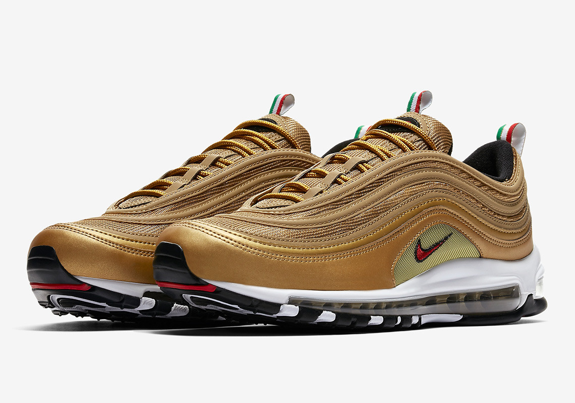 another chance ea8ac 8dca6 From The Most Popular to Most Coveted Nike Air Max ...